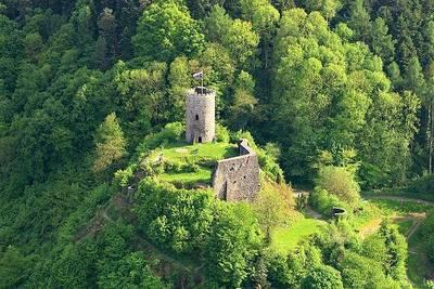 Bild Maikäfertreff auf Burg Husen