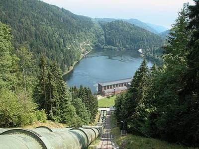 Kraftwerksbesichtigung im Wasserkraftwerk Schwarzabruck