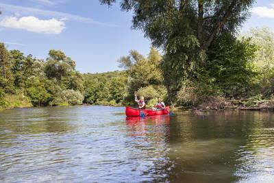 Kanu fahren auf der Blies in der Biosphäre Bliesgau. (© Saarpfalz-Touristik, Eike Dubois)