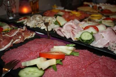 Wanderfrühstück im Klosterhof Allerheiligen