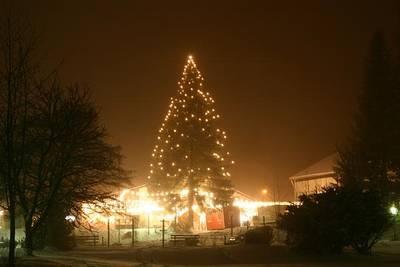 Interner Link zur Veranstaltung: Weihnachtsmarkt unterm Lichterzelt in Enzklösterle