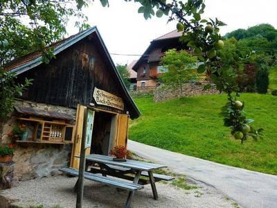 Gefhrte Wanderung ins Ernsbachtal zum idyllisch gelegenen Bauerhof Schwarz