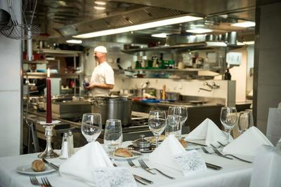 Kitchen Around - backstage dans les cuisines de Zermatt
