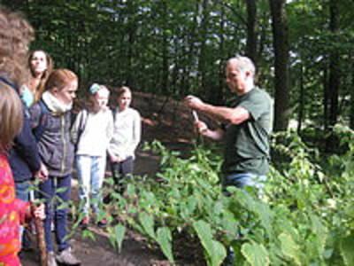 Wildnisspaß für die ganze Familie - Spaß im Camp und Erlebnispädagogik in der Biosphäre