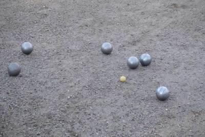 Boule-Spiel. (© Spielgemeinschaft Schlosspark-Boule Husum)