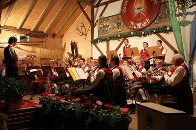 Traditionelles Ccilien-Konzert der Sensenschmied Musikkapelle Mhlbach