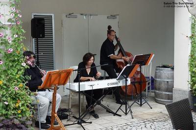 Kaffeehausmusik mit dem Susi-Weiss-Salonensemble