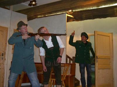 Theaterauffhrung des Burschenvereins Gschpenstermacher