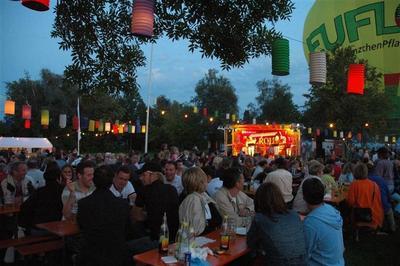 Lichterfest mit Nachtflohmarkt