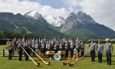 Benefizkonzert des Gebirgsmusikkorps der Bundeswehr