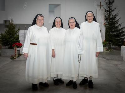 Begegnung im Kloster