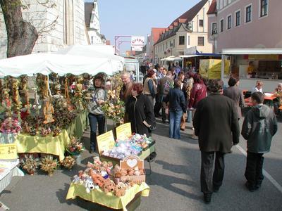 Herbstmarkt NeustadtHans Pirthauer. (© Herbstmarkt in Neustadt)