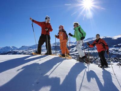 Schneeschuhwanderung auf unbekannten Pfaden in BreilBrigels