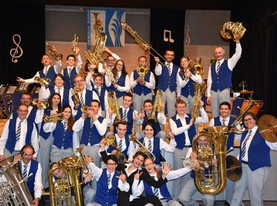 Jubiläumskonzert der Musikgesellschaft Suraua in der Val Lumnezia
