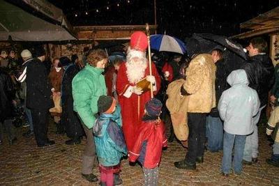 Weihnachtszauber Bad Endorf am Kirchplatz
