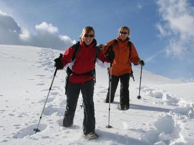 Gemütliche Schneeschuhtour in Obersaxen Mundaun