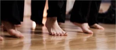 Tanzen macht glcklich! Tanzen macht frei –