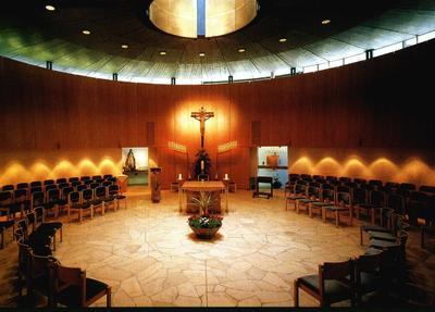 Eucharistiefeier mit Auflegung des Aschenkreuzes