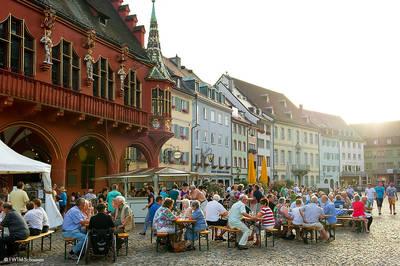Freiburger Weinkost. (© FWTM-Schoenen)