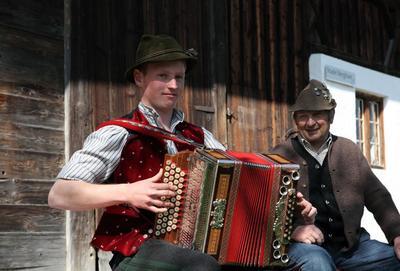 Wasserburger Volksmusiktage Zwangloses Musizieren und Singen...