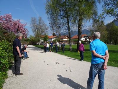 Boule spielen - im Kurpark