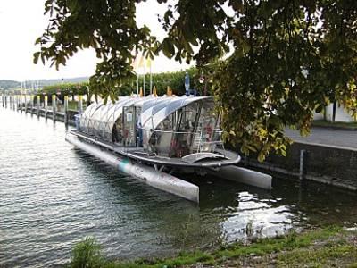 Unterseerundfahrten mit dem Helio Solarschiff