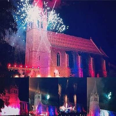 Interner Link zur Veranstaltung: Sommerfest mit musiksynchroner Licht-Effekt-Show im Kurpark von Höfen an der Enz
