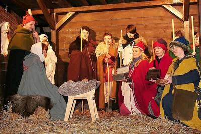 Mittelalterlicher Weihnachtsmarkt in Dirmingen