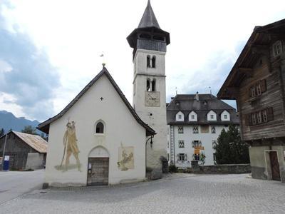 Dorfplatz Vella