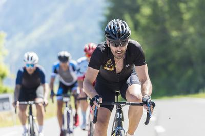 cr_Chasing Cancellara