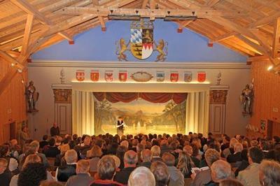 Ritterschauspiele im ltesten Volkstheater Deutschlands