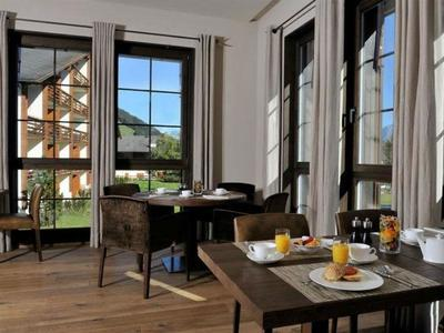 Langschläfer Frühstück im Bergspa Hotel LA VAL in BreilBrigels