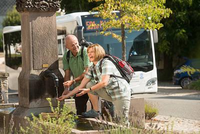 Wanderung mit Biosphärenbus im Bliesgau. (© Manuela Meyer)