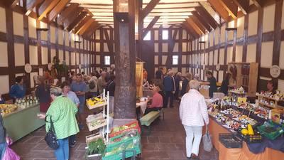 Wochenmarkt der Landfrauen im Historischen Rathaus