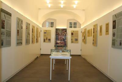 Ausstellung Ich versteh nur Bahnhof - Fotografien von Ulrich Merz in der Galerie im Rathaus