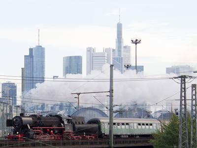 Adventsfahrten auf der Hafenbahn - Dampfzugfahrten mit der Historischen Eisenbahn