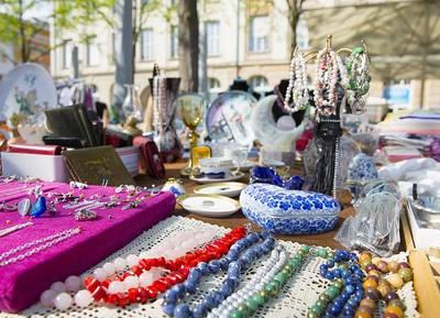 Interner Link zur Veranstaltung: Sonntagsflohmarkt