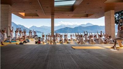 Yoga meets Weggis Summer Festival