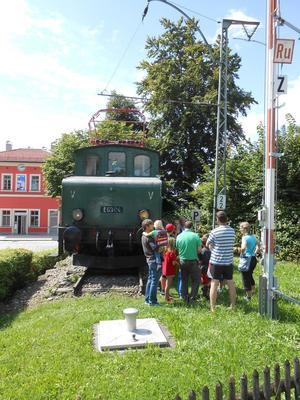 Sonntagsführung an der Murnauer Denkmallok