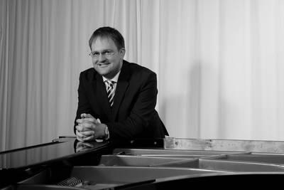 Donnerstag live - Piano klassisch mit Bernd Grill