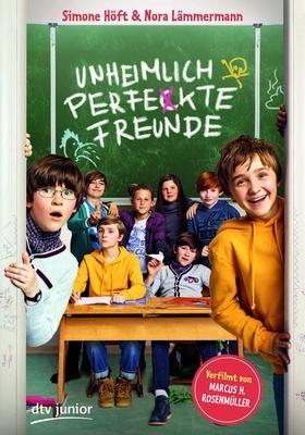 """Lesung aus """"Unheimlich perfekte Freunde"""" mit der Autorin Simone Höft"""
