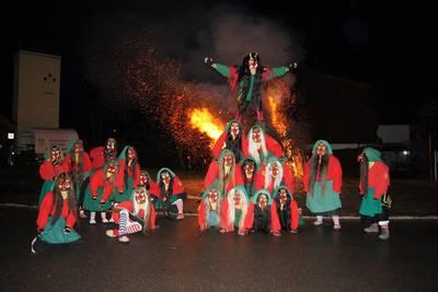 Hexenverbrennung der Lenzkircher Strohberghexen. (© Lenzkircher Strohberghexen e.V.)