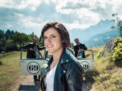 Konzert Carmen Cresta in der RufaliBar in Obersaxen-Misanenga