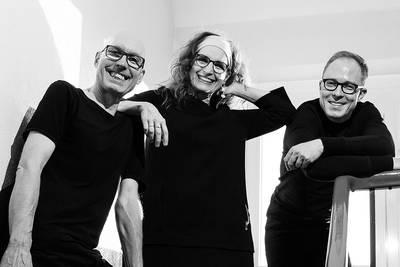 Susan Weinert Rainbow Trio. (© Rich Serra)