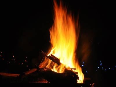 Weihnachtstreff mit Adventsfeuer