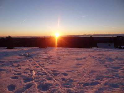 Tageserwachen am Hchsten  gefhrte Schneeschuhwanderung zum Sonnenaufgang auf das Feldbergplateau
