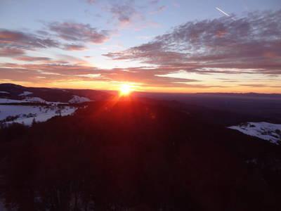 Abendstimmung ber dem Mnstertal  gefhrte Schneeschuhwanderung zum Sonnenuntergang am Schauinsland