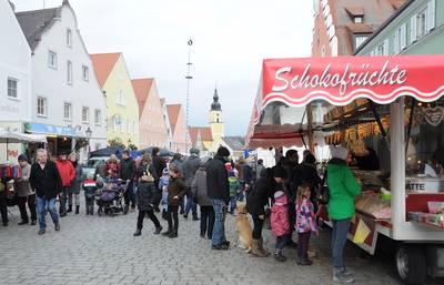 Lichtmessmarkt mit Frauenmesse