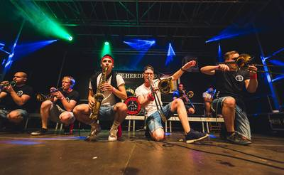 VERSCHOBEN: Löwenstarke Veranstaltungen: Konzert mit den Brotäne Herdepfl