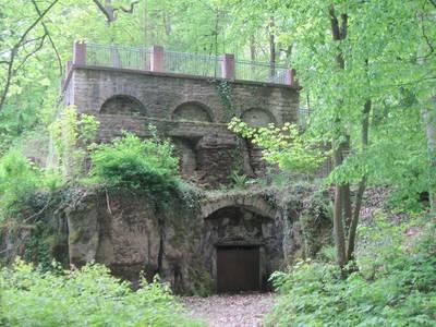 Bürgerwanderung Auf den Spuren der Geschichte des Kurparks Bad Rotenfels. (© AKTF)